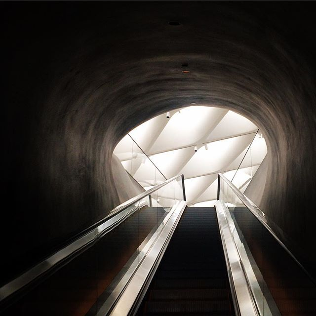 Approaching the main gallery floor of the Broad Museum. #dtla #losangeles #broadmuseum
